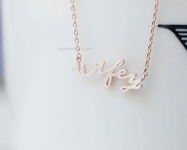 wifey necklace | Bride Stuff You Need