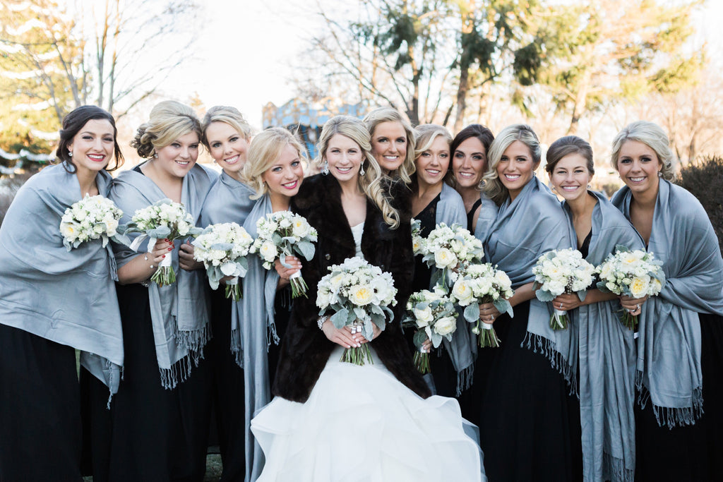 Cute photo of the bride and her bridesmaids in matching shawls! | 26 Photos To Take With Your 'Maids | Kennedy Blue |