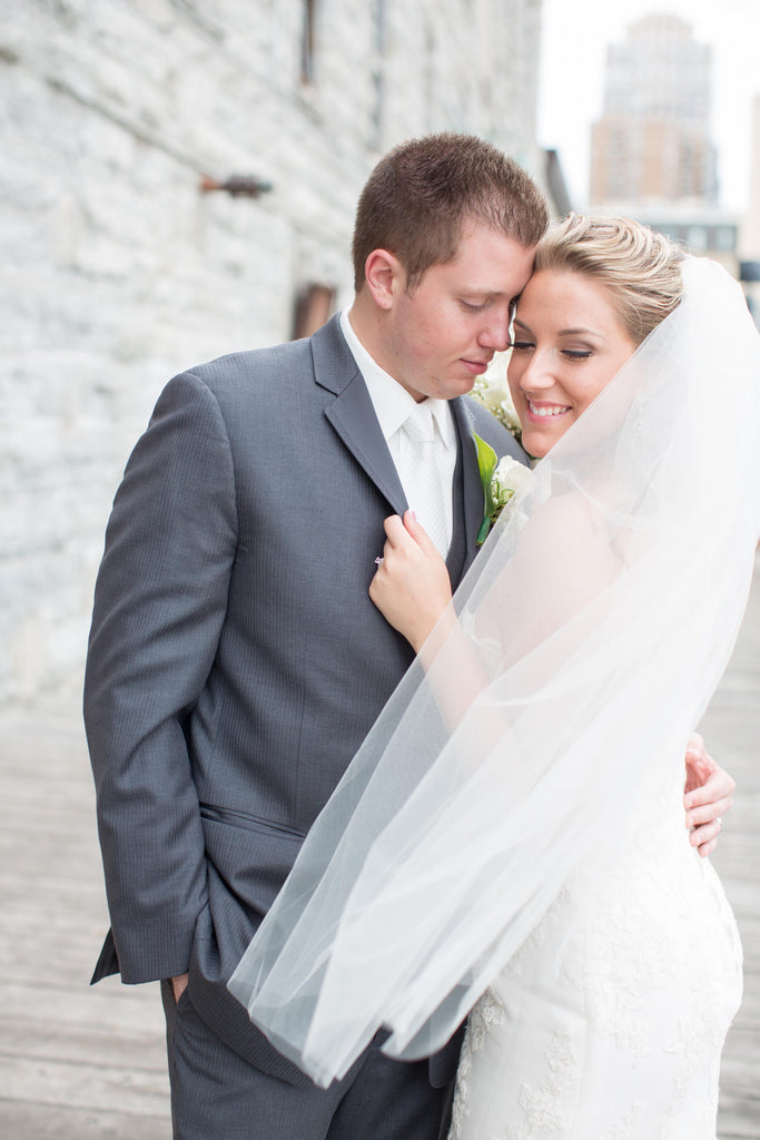 Liz looked stunning in her fit and flare lace wedding dress! | A Romantic Jewel-Tone Wedding