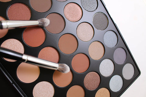 Morphe Pro 35 Color Eyeshadow Palette | Affordable Beauty Products for Brides-to-Be | Kennedy Blue