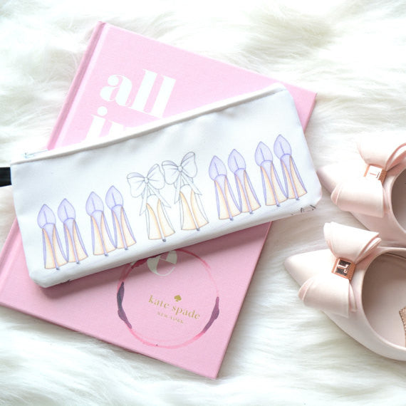 This gorgeous high heel pencil case is the perfect bridesmaid gift | The Ultimate List of Bridesmaid Proposal Ideas | theprettypinkstudio | Kennedy Blue