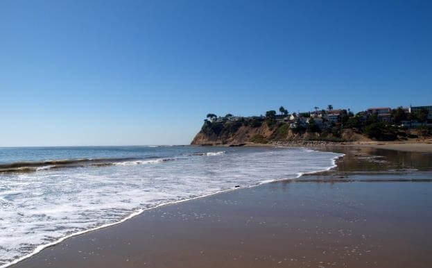 Cabrillo beach is a beautiful quiet beach - OurCoordinates