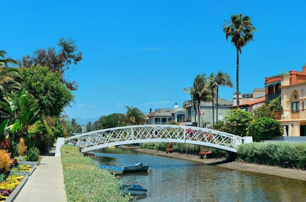 the venice canals in venice california - OurCoordinates blog