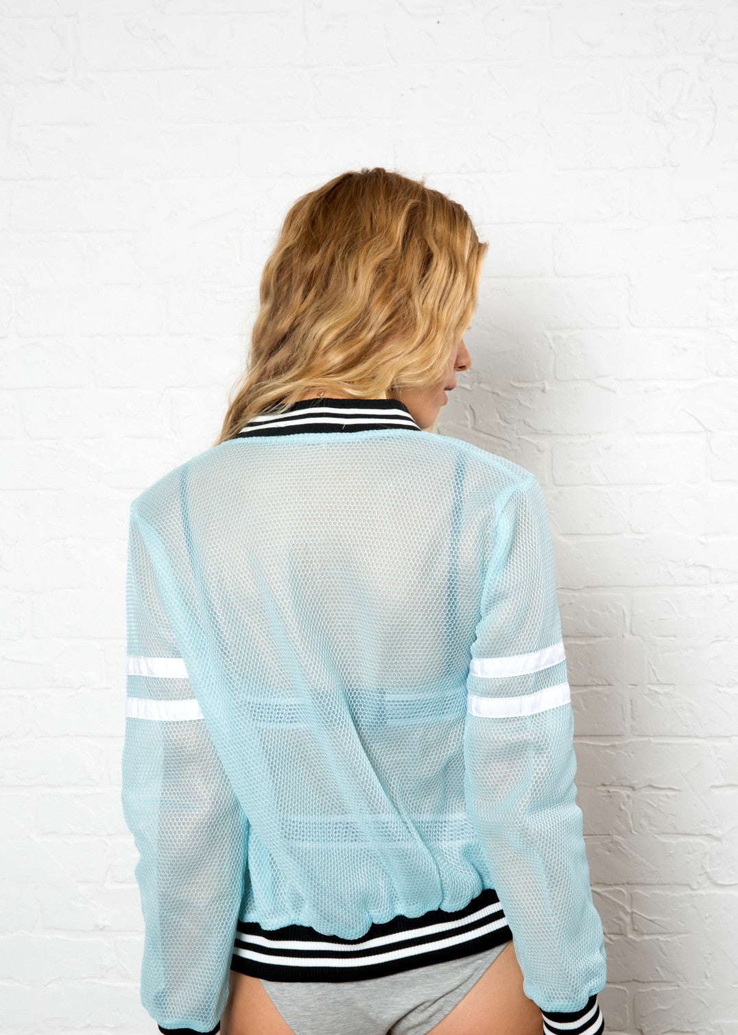 Customizable Mesh Bomber- Ice