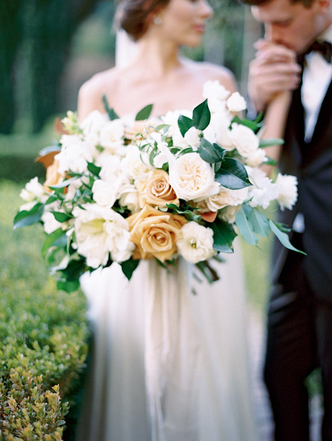 STYLE ME PRETTY // Contemporary Wedding Inspiration in Hollywood Hills