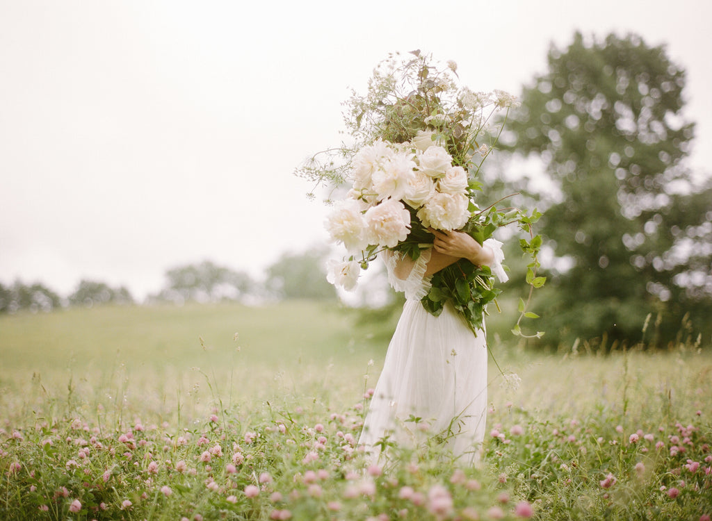 WEDDING SPARROW / SPRING MEADOW WEDDING INSPIRATION
