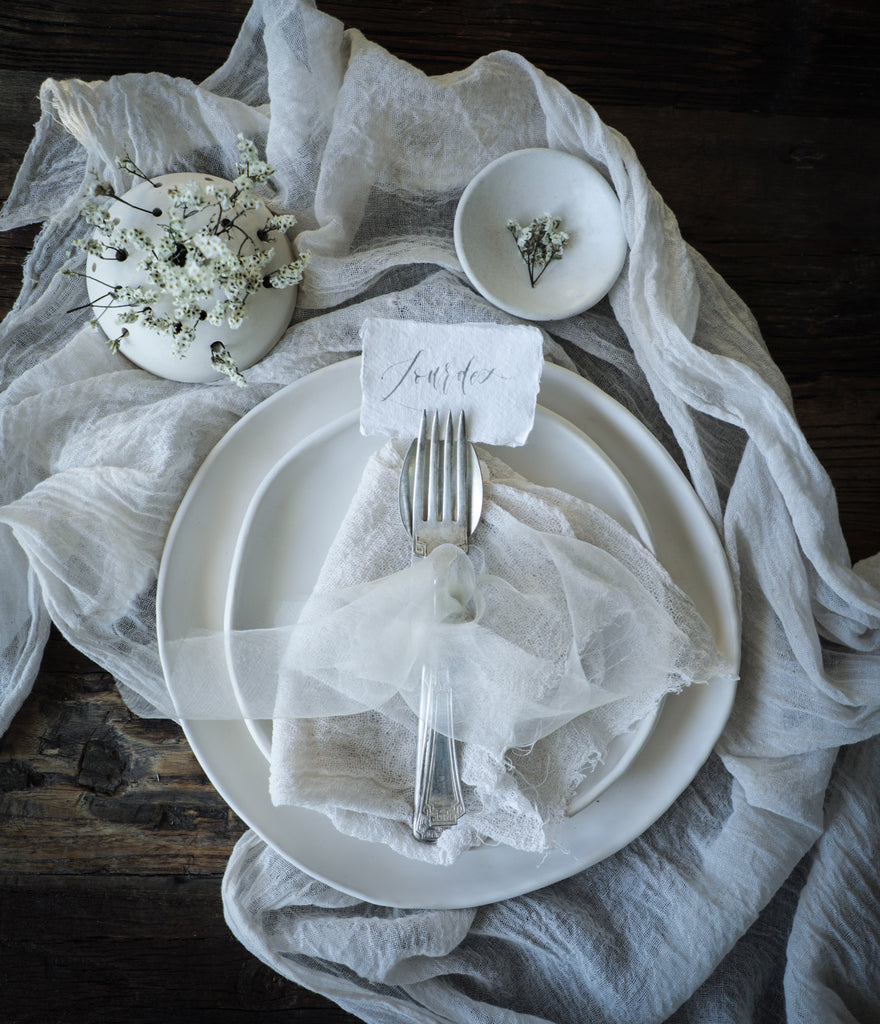 Silk & Willow plant dyed table linens. Table runner, organic cotton napkins. natural cotton napkins. Table setting.