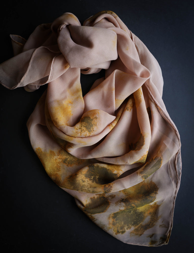 eco-print silk scarf, botanical print scarf, silk and willow scarf, sustainable fashion, slow fashion