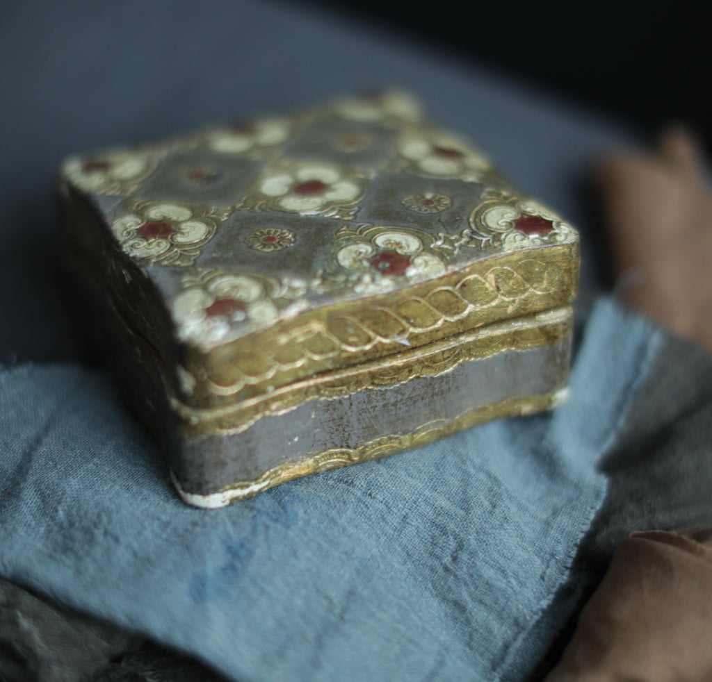 Hand-painted trinket box