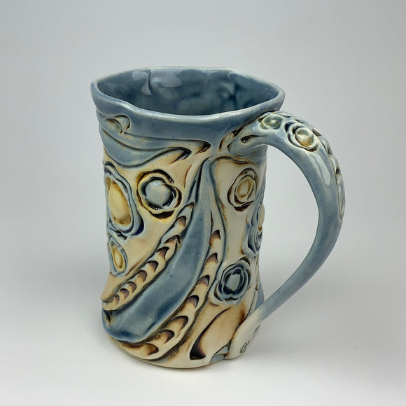 Mug - Floral Pattern Soda Blue with Mahogany Wash (m40bo-10)