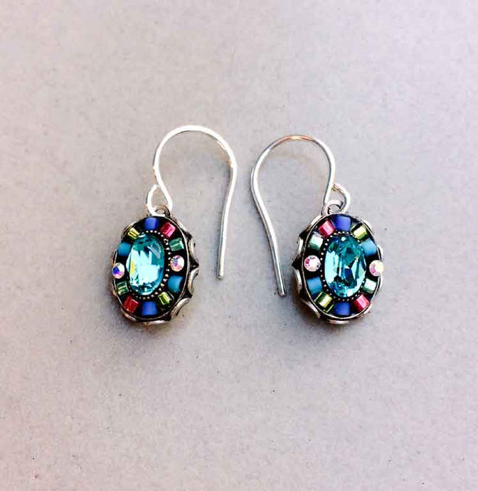 Petite Oval Earrings
