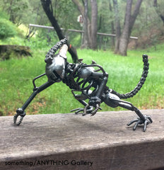 Metal Crawling Alien