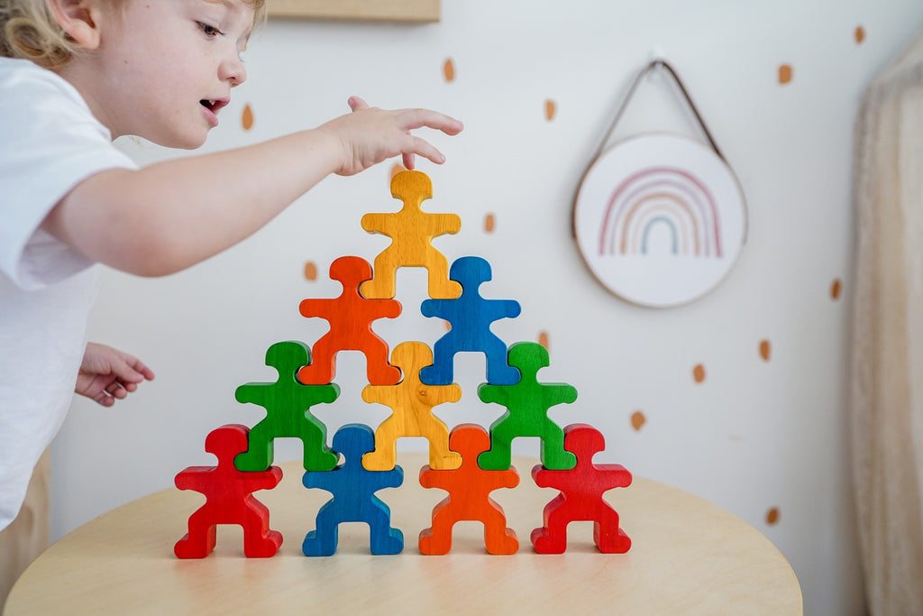 Q Toys | Rainbow Balancing People