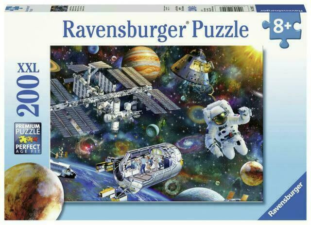 Ravensburger | 200pc | 8+ |126927 | Cosmic Exportation