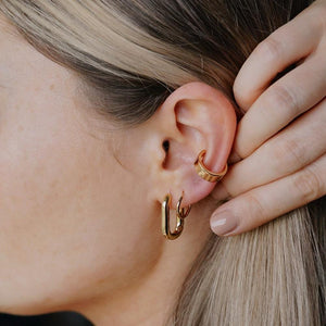 CHUNKEY PLEAIN EAR CUFF