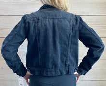 Load image into Gallery viewer, RUMORS DENIM JACKET