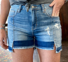 Load image into Gallery viewer, SOFIE MOM SHORTS