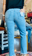 Load image into Gallery viewer, THE ZOEY LIGHT BLUE MOM JEANS