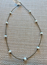 Load image into Gallery viewer, Small Pearl Princess Choker