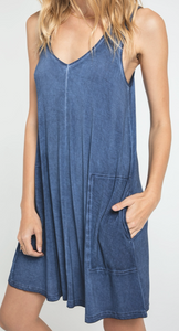 BAY V-NECK DRESS
