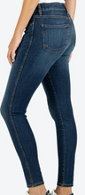 Load image into Gallery viewer, CONNIE HIGH RISE FAB AB ANKLE SKINNY