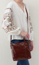 Load image into Gallery viewer, DRIFTER CROSSBODY IN CHOCOLATE