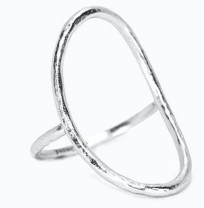 OVAL OPEN RING IN SILVER