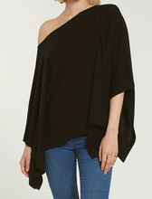 Load image into Gallery viewer, RUBY MARLED PONCHO IN BLACK