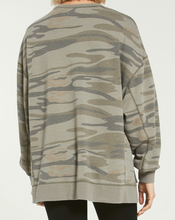 Load image into Gallery viewer, Modern Camo Weekender in Camo Light Sage