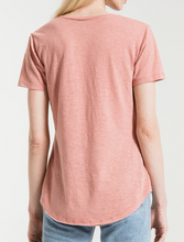 Load image into Gallery viewer, AIRY SLUB POCKET TEE