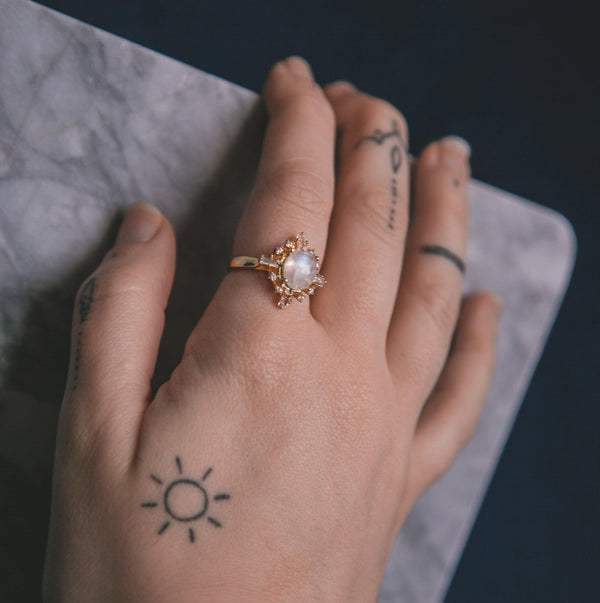 Izarra Moonstone Ring