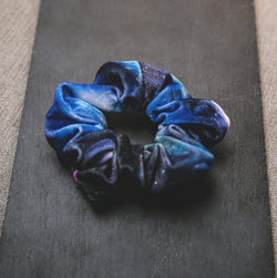 Whitney Velvet Galaxy Scrunchie - Blue