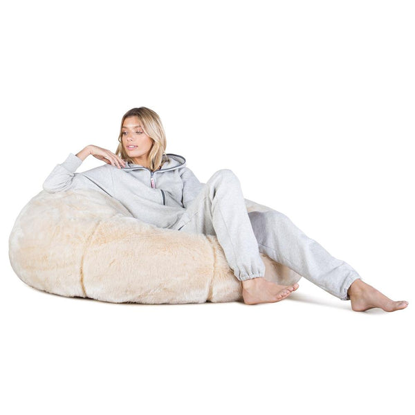 classic-sofa-bean-bag-faux-fur-white-fox_01