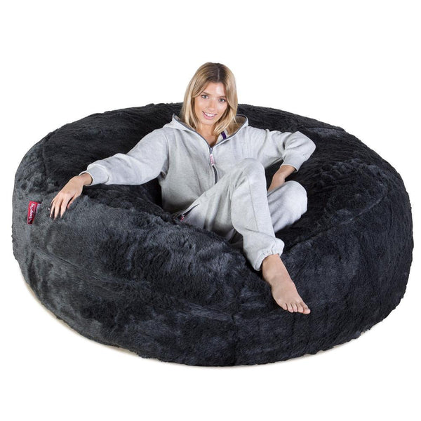 mega-mammoth-fur-bean-bag-badger-black_01