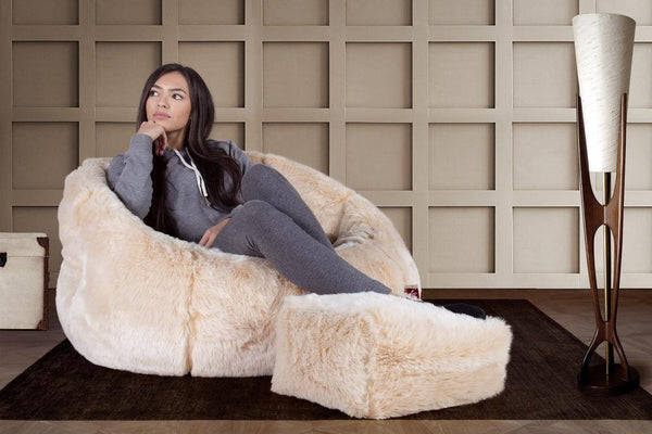 cuddle-up-bean-bag-chair-faux-fur-white-fox_02