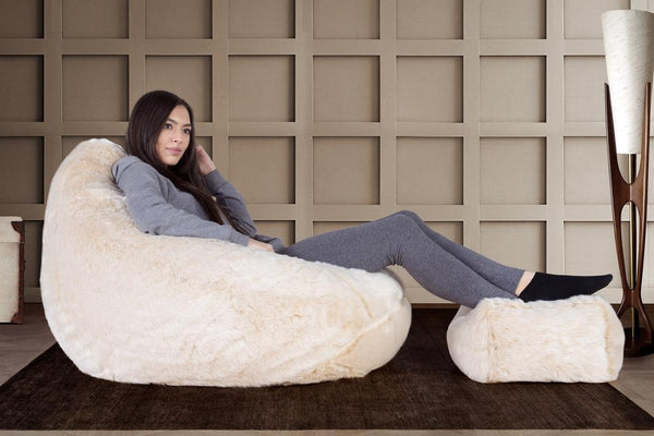 highback-fur-bean-bag-white-fox_02