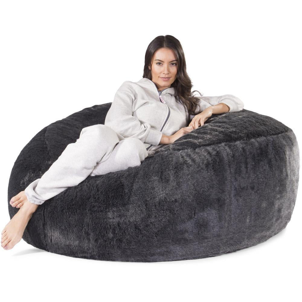 mammoth-fur-bean-bag-badger-black_04