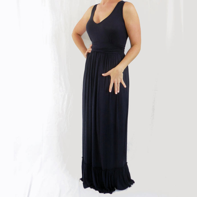Effortlessly Chic Ruffle Maxi Dress in Navy
