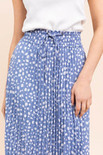 Load image into Gallery viewer, Seeing Spots Pleated Skirt in Dusty Blue