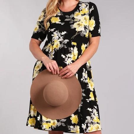 Full Bloom Floral Dress in Black PLUS