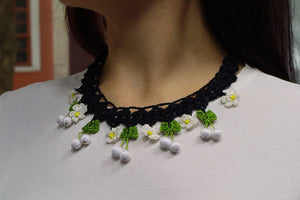 Handmade Traditional Birgi Necklace with Crochet Lace White - Birgie Home