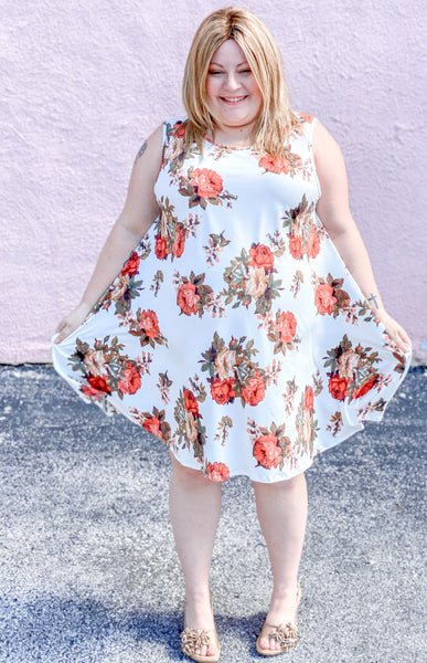 Plus Sleeveless Floral Dress with Pockets
