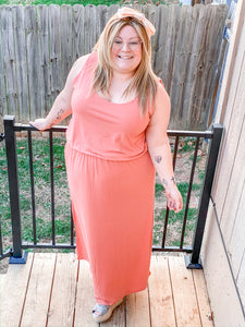 Plus Bubble Top Maxi Dress with Pockets