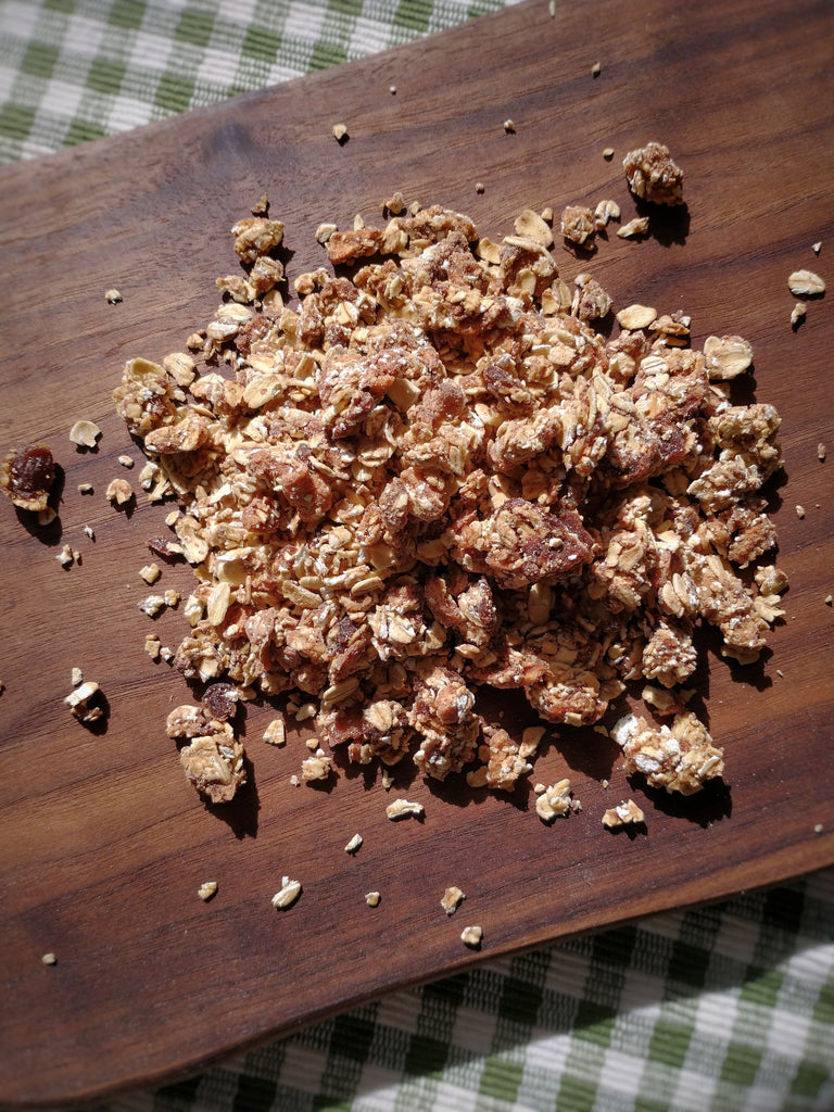 Cinnamon Apple Granola (Vegan)