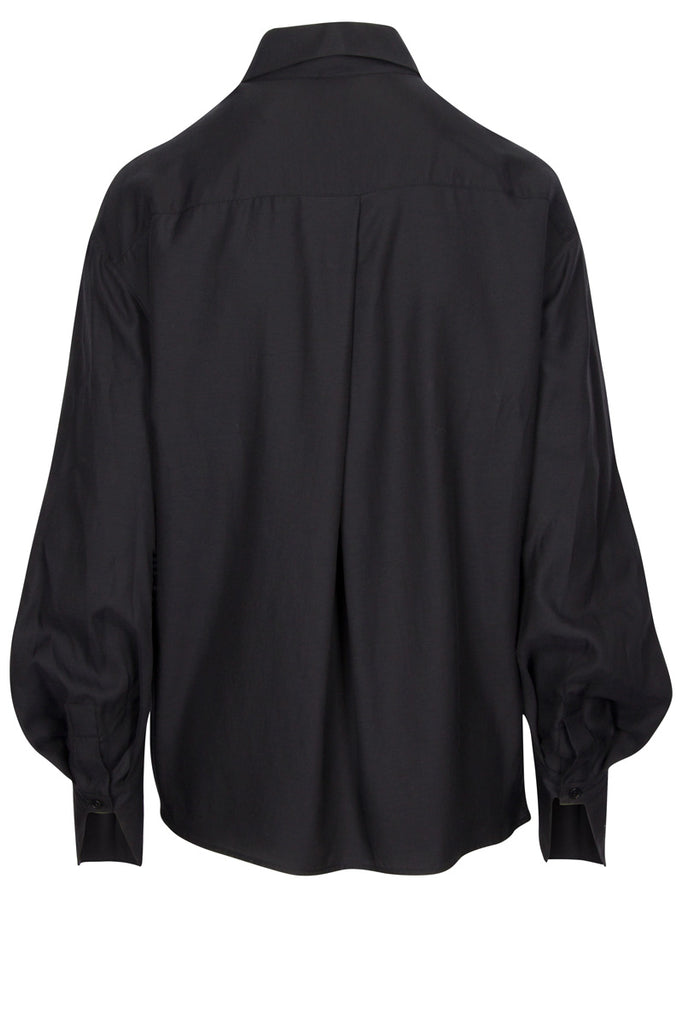 Amelia shirt, back yoke with pleat
