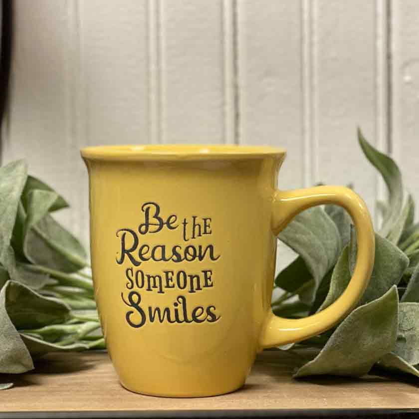 BE-THE-REASON-SOMEONE-SMILES-YELLOW-LARGE-MUG