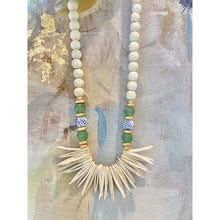 Load image into Gallery viewer, Chinoiserie and Green Ghana Bead Necklace