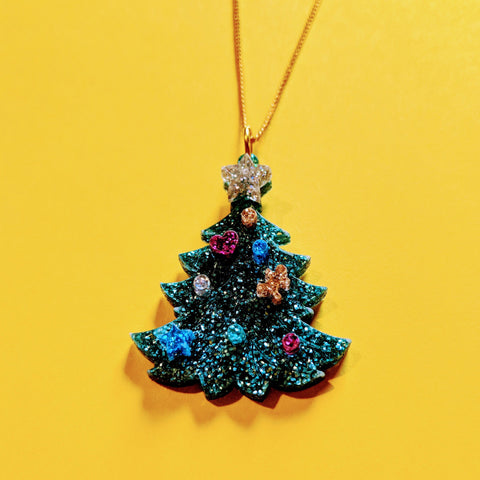 Dazzling Decorated Glitter Acrylic Christmas Tree Necklace