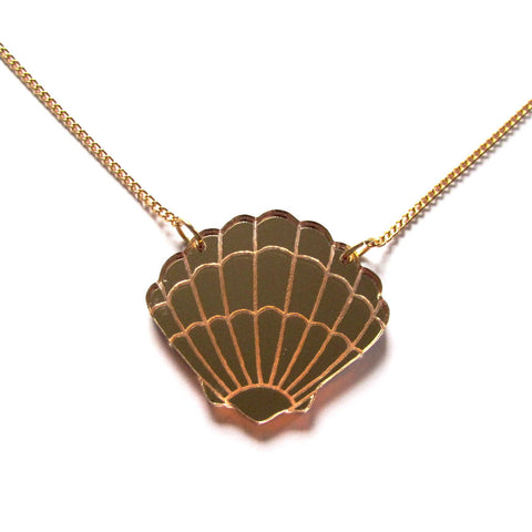 Gorgeous Gold Mirror Acrylic Oyster Shell Pendant Necklace