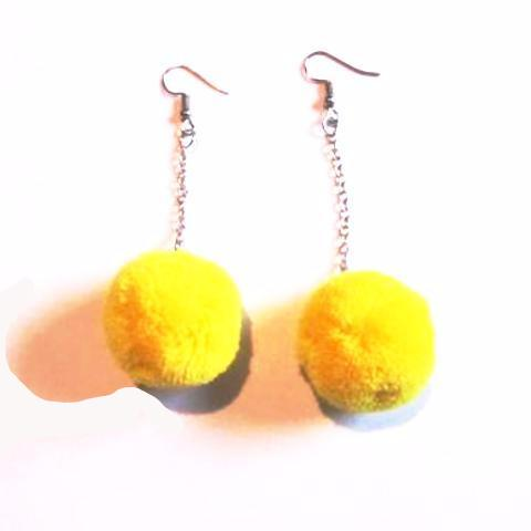 Pop Colour Pretty Pom Pom Drop Earrings – Yellow
